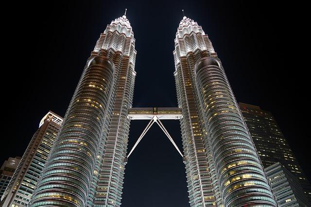 Petronas Towers - Najviše zgrade na svetu ema.rs